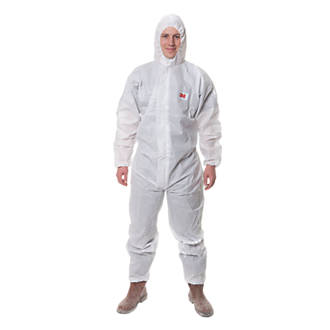 "Image of 3M 4515 4515 Type 5/6 Disposable Protective Coverall White Large 39-43"" Chest L"