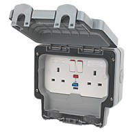 MK Masterseal Plus 13A 2 Gang Switched RCD Socket Active